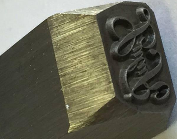 Poinçon pour marquer le métal